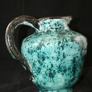 blue-pitcher