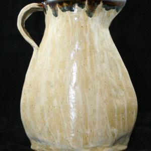 flattened-pitcher